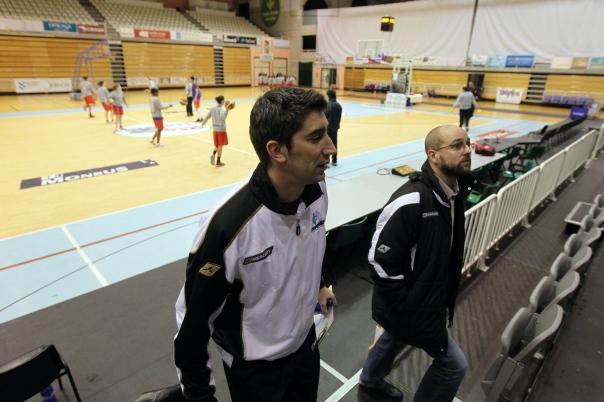 Javi Gómez acompañado de Lisardo no Pazo